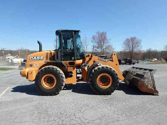 USED 2015 CASE 521F Wheel Loader Lancaster, Pennsylvania