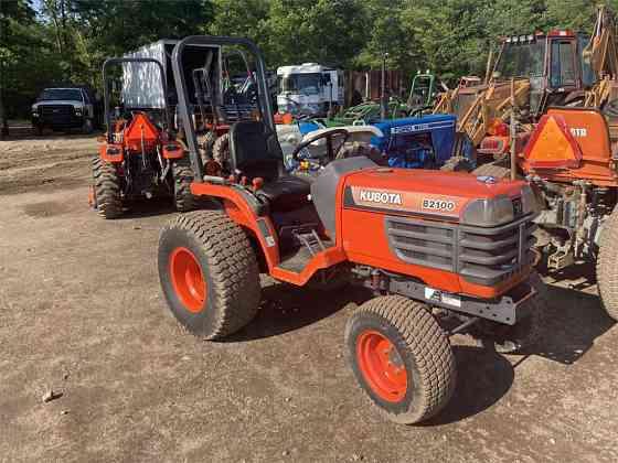 USED 2001 KUBOTA B2100 Tractor York