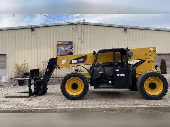 USED 2016 Caterpillar TL943C Telehandler Bristol, Pennsylvania