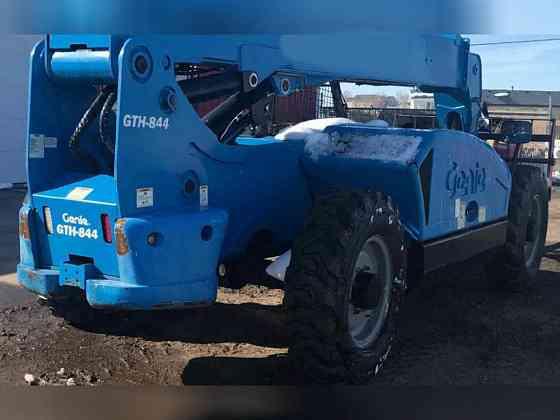 USED 2014 Genie GTH-844 Telehandler Bristol, Pennsylvania