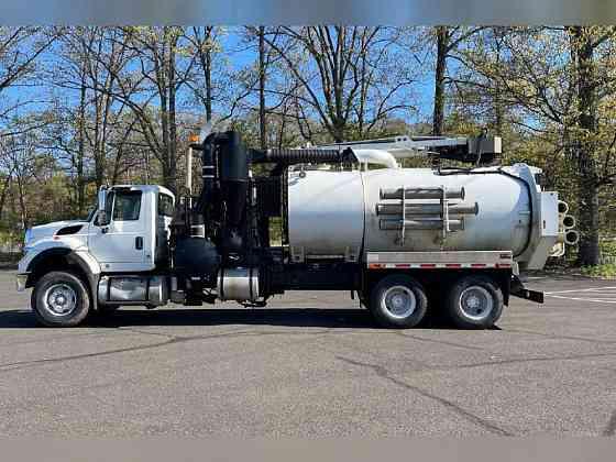 USED 2009 INTERNATIONAL WORKSTAR 7600 Vacuum Truck Philadelphia