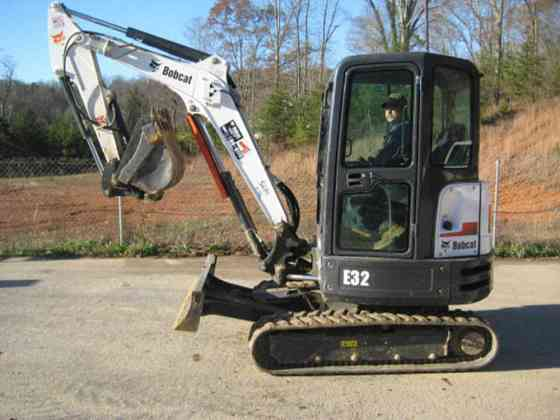USED 2015 BOBCAT E32 Excavator Chattanooga