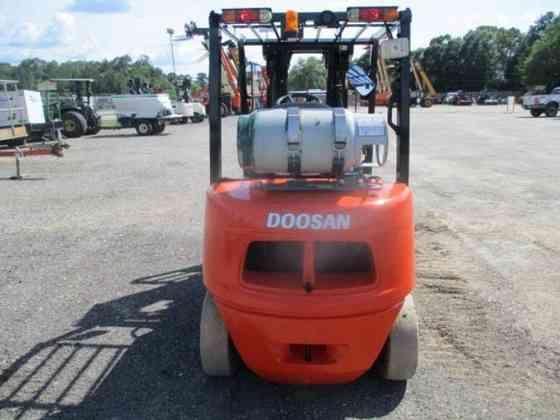 USED 2015 DOOSAN G25E-5 Forklift Livingston