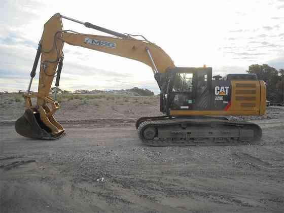 USED 2015 CATERPILLAR 329EL Excavator Carrollton, Texas