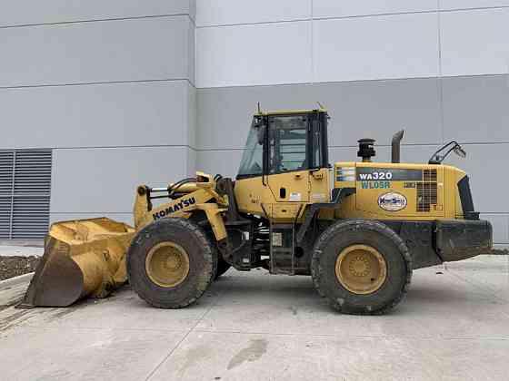 USED 2011 KOMATSU WA320-6 Wheel Loader Carrollton, Texas