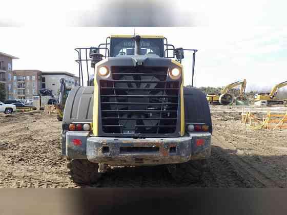 USED 2017 KOMATSU WA380-8 Wheel Loader Carrollton, Texas