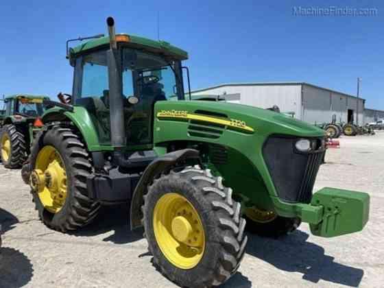 Used 2004 JOHN DEERE 7720 Tractor Waco
