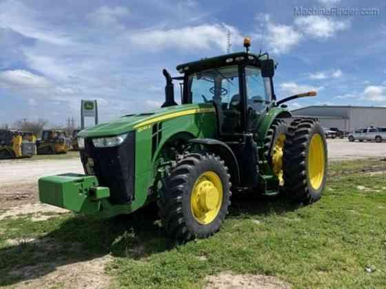 USED 2017 8245R JOHN DEERE FARM TRACTOR Waco