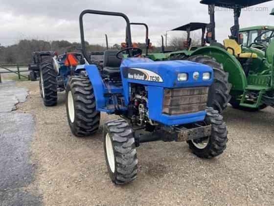 USED 2007 NEW HOLLAND TC30 Tractor Waco