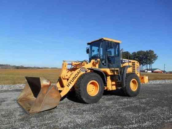 USED 2010 HYUNDAI HL757-9 Wheel Loader Danville, Virginia