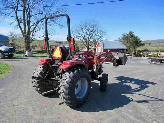 USED 2003 CASE IH DX33 Tractor Harrisonburg