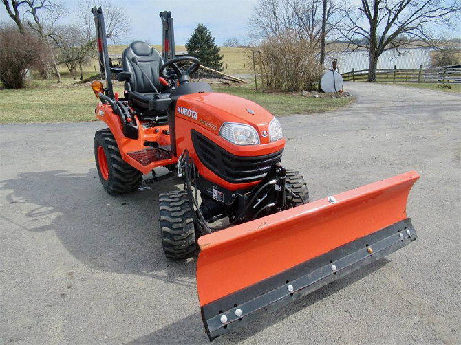 USED 2015 KUBOTA BX2370 Tractor Harrisonburg - photo 4