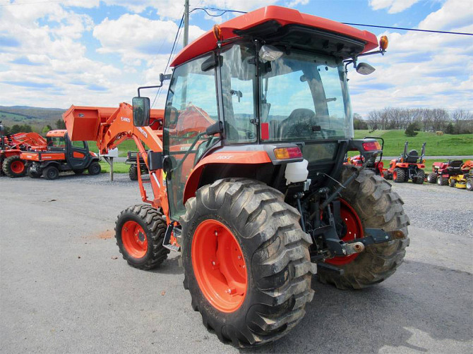 USED 2014 KUBOTA L4060 Tractor Harrisonburg - photo 2